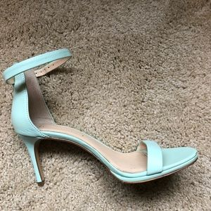 Women's size 8 mint green strappy sandals